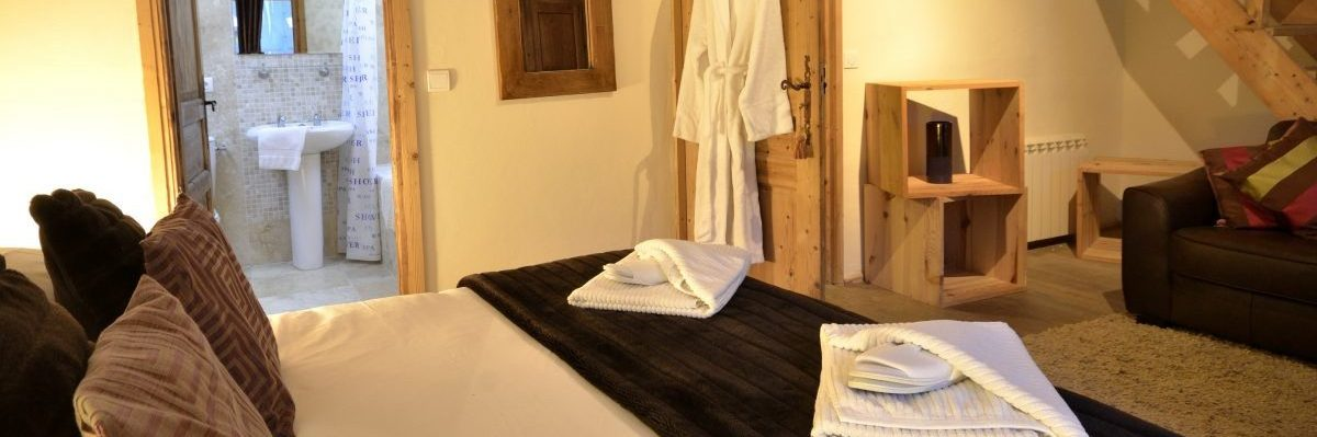 Charmes Family Room En Suite Bathroom With Twin Bed Mezzanine