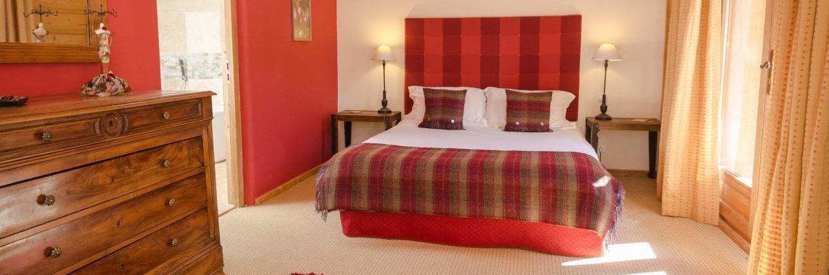 Charmes Luxury King Room